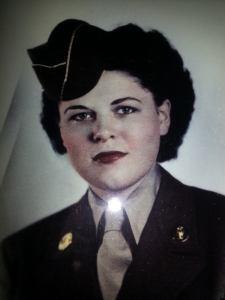 Mom.WW2